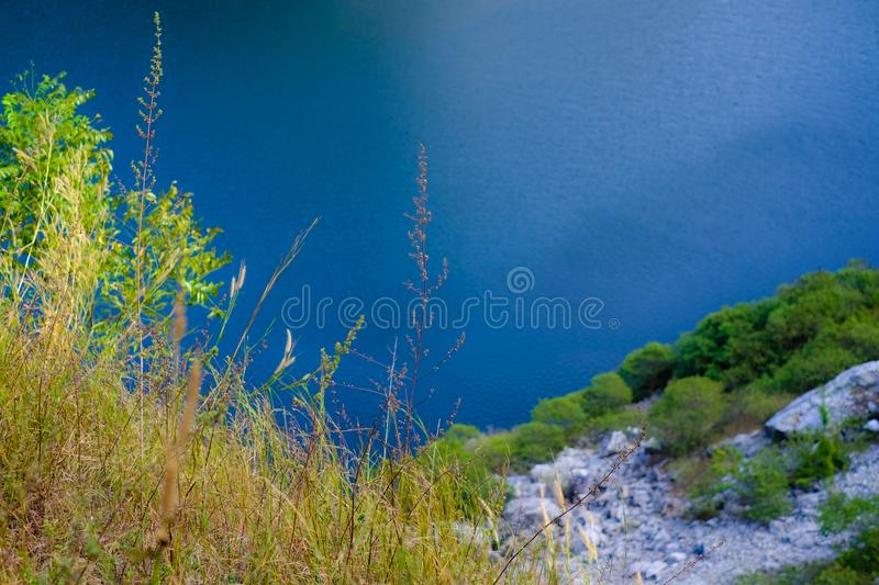 Lago e montanha foto de stock royalty free