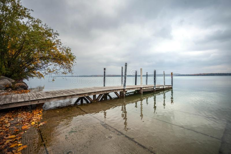 Lago elk do lançamento do barco imagens de stock royalty free
