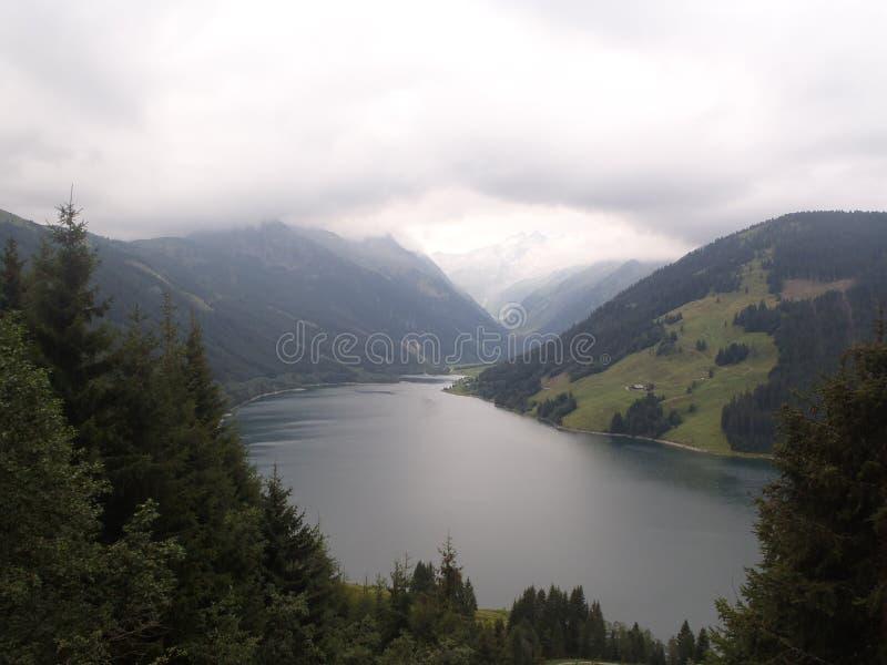 Lago em Áustria imagem de stock