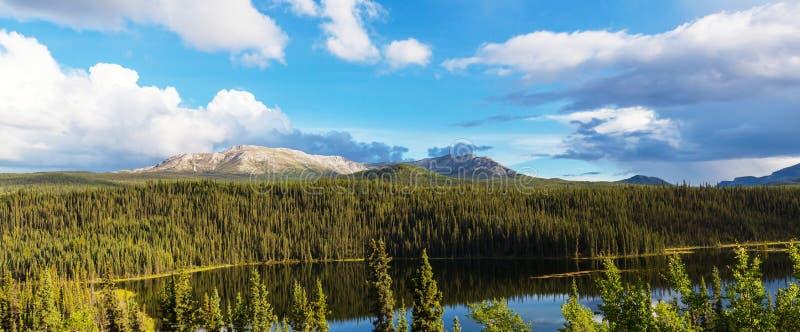 Lago em Canadá fotos de stock