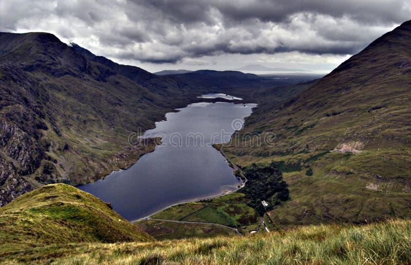 Lago em Connemara. Ireland imagem de stock royalty free