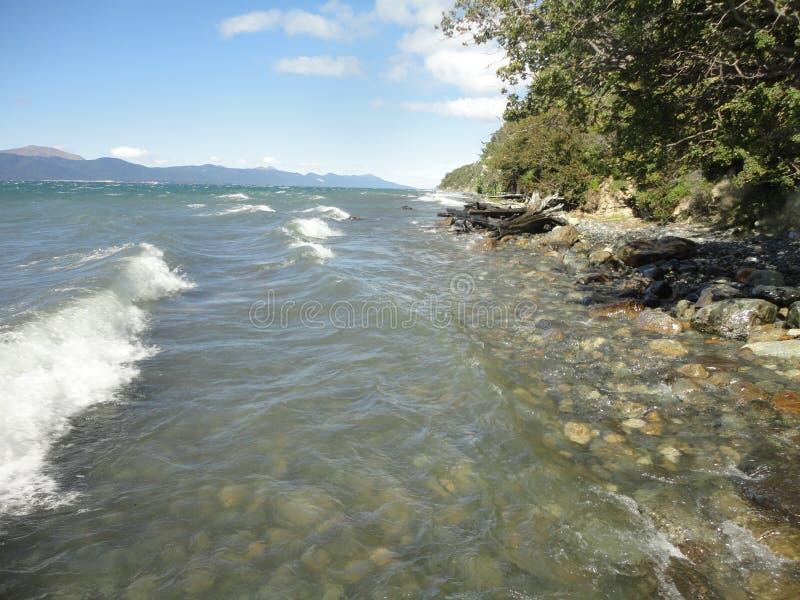 Lago Emerald Coast la Terra del Fuoco immagini stock