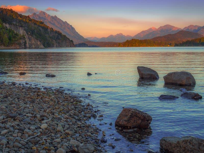 Lago en Bariloche imagenes de archivo