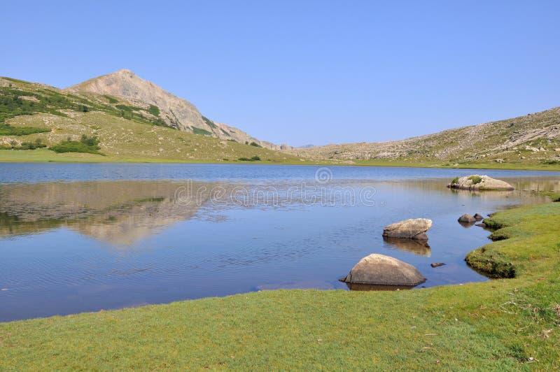 Lago en Córcega (Nino) fotos de archivo libres de regalías