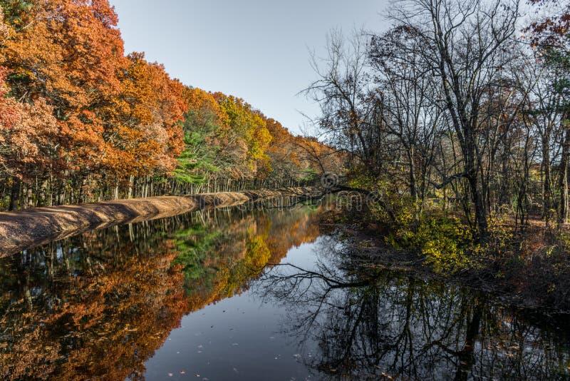 Lago en el parque de New Hampshire fotografía de archivo