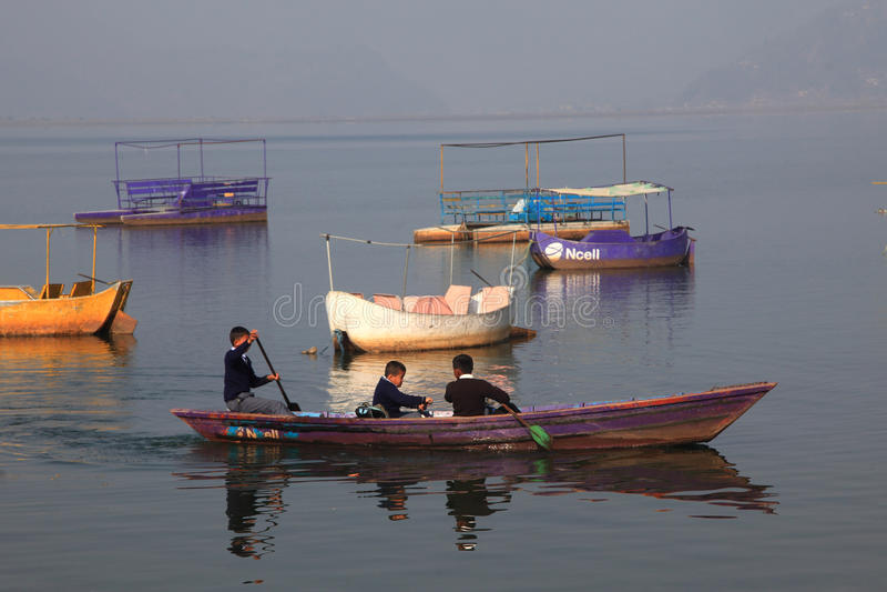 Lago en Pokhara, Nepal Fewa fotos de archivo libres de regalías