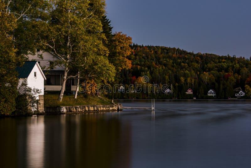 Lago escénico - colores del otoño/de la caída - Vermont fotos de archivo libres de regalías