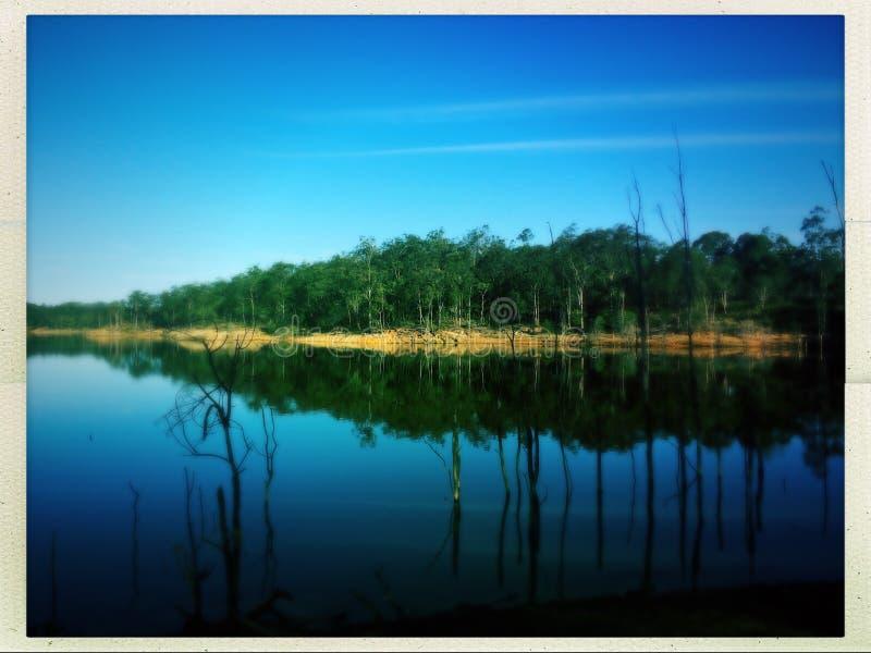 Lago espelhado imagem de stock
