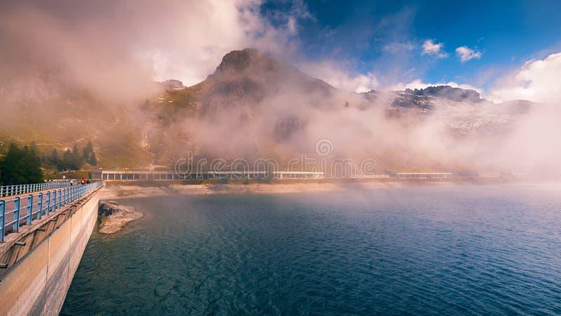 Lago Fedaia (λίμνη Fedaia), κοιλάδα Fassa, Trentino Alto Adige, στοκ φωτογραφία με δικαίωμα ελεύθερης χρήσης