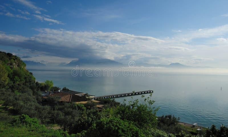 Lago Garda (Italia) fotografía de archivo libre de regalías