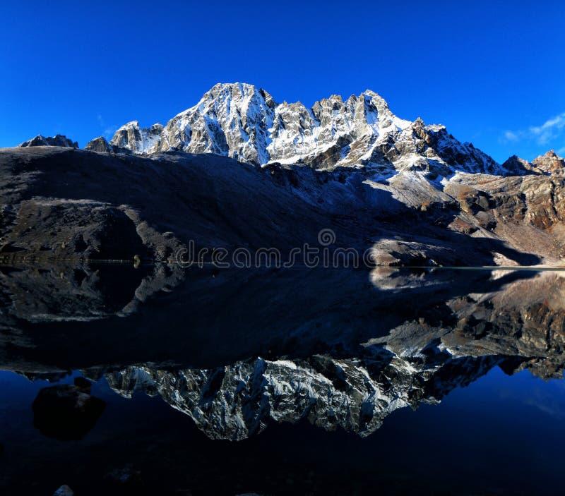 Lago Gokyo foto de archivo libre de regalías
