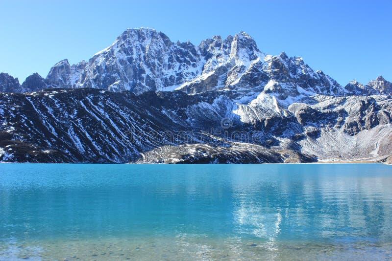 Lago Gokyo fotografie stock
