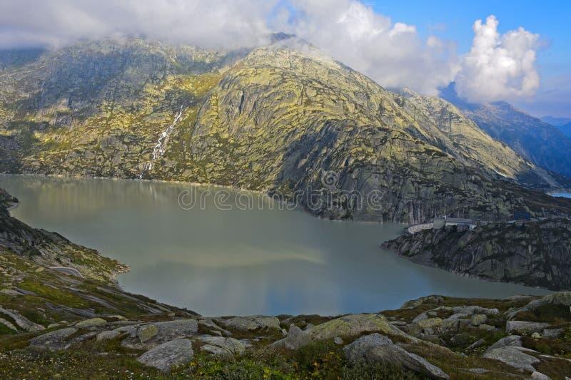 Lago Grimsel della diga dell'acqua immagine stock libera da diritti
