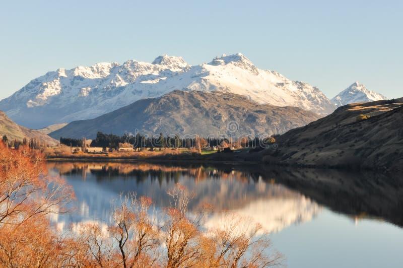 Lago Hayes em Nova Zelândia fotos de stock