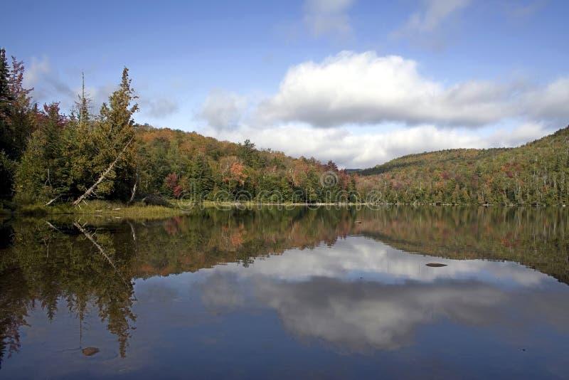 Download Lago Heart En El Adirondacks Imagen de archivo - Imagen de montañas, cielo: 1293665