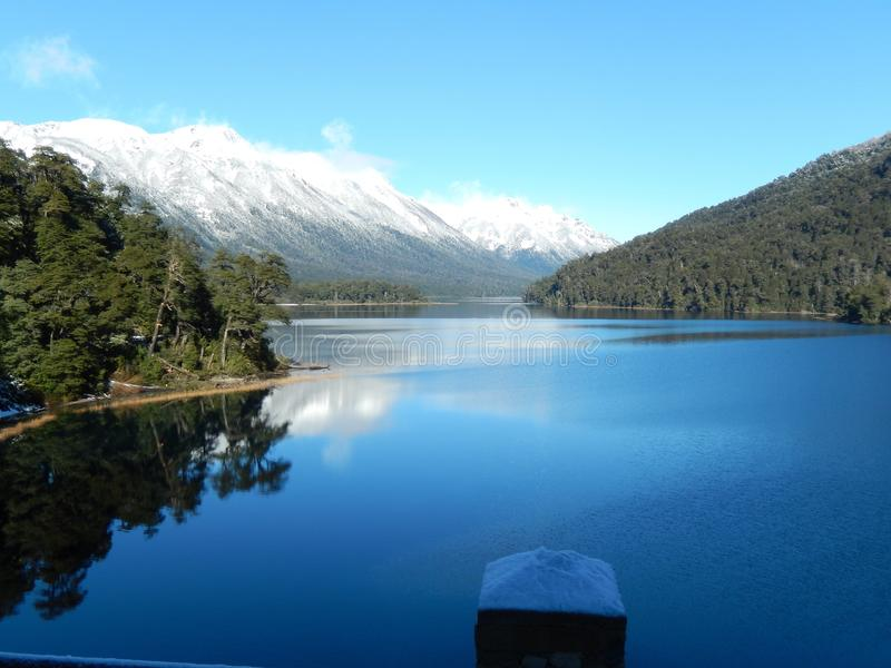 Lago hermoso 2 imagenes de archivo