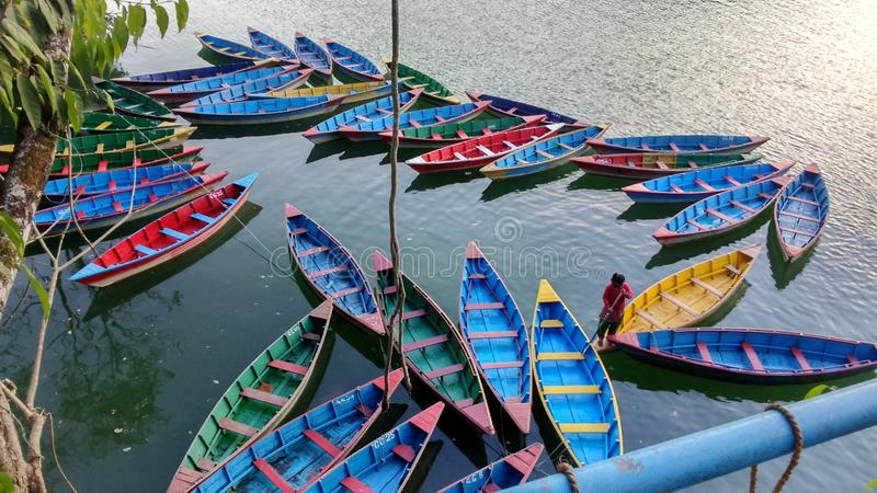 Lago hermoso Pokhara imagen de archivo
