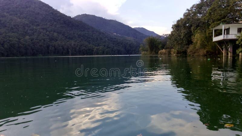 Lago hermoso Pokhara foto de archivo libre de regalías