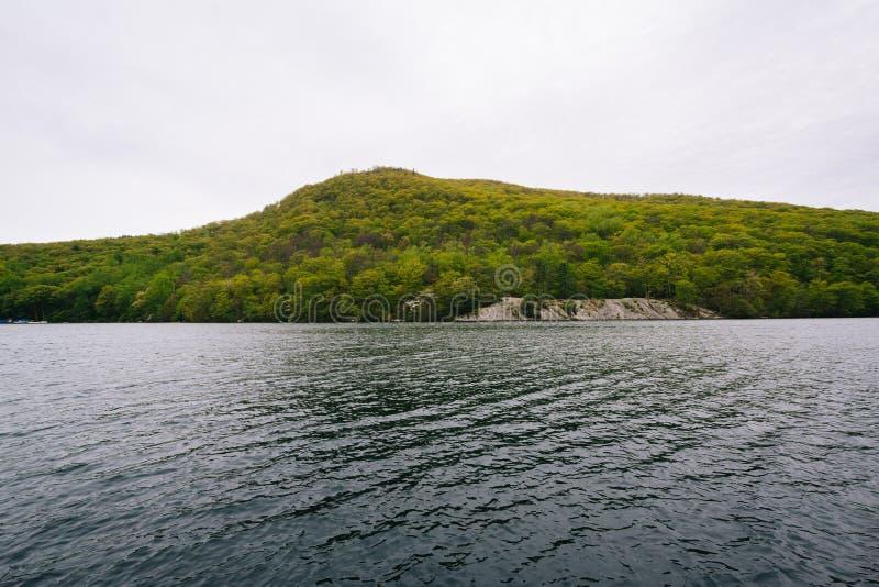 Lago hessian, en el parque de estado de la montaña del oso, Nueva York fotografía de archivo