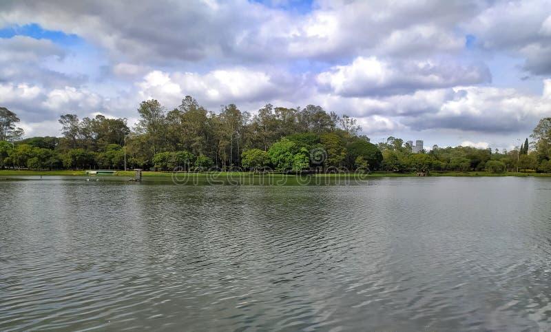 Lago Ibirapuera, Sao Paulo, Brasil foto de archivo libre de regalías
