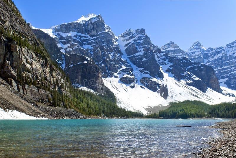 Lago Inés, parque nacional, Banff Alberta, Canadá foto de archivo