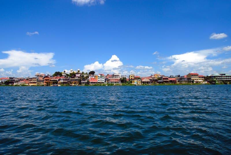 Lago intorno a Flores Guatemala fotografia stock