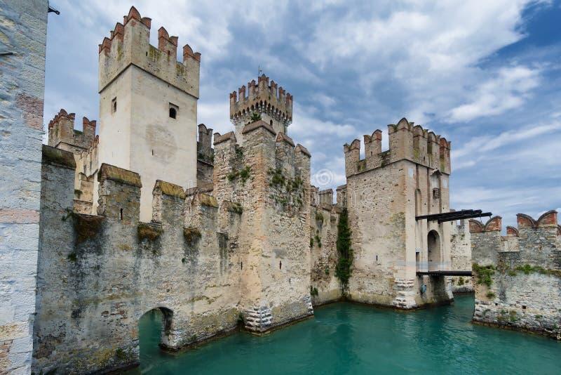 Lago Itália Lombardy norte Sirmione Garda imagem de stock royalty free