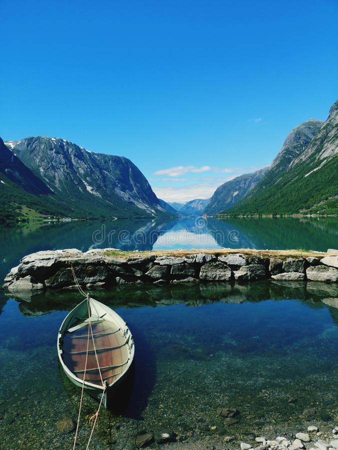 Lago Jolstedal immagini stock libere da diritti