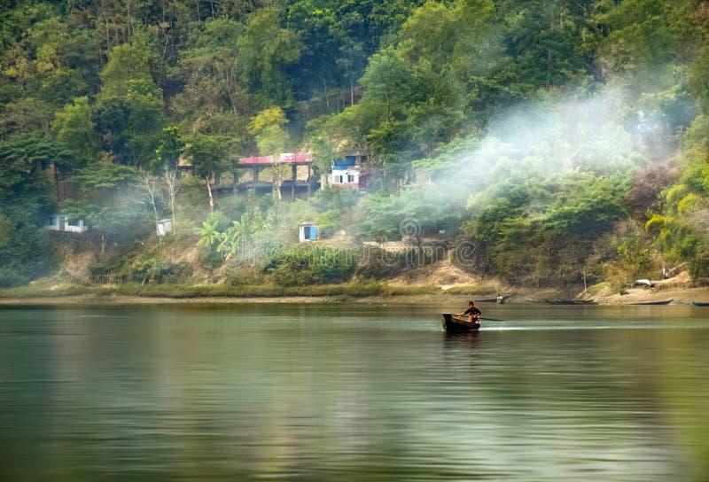 Lago Kaptai foto de stock royalty free
