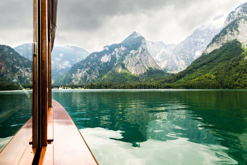 Lago Konigssee, conhecido como o ` o lago o mais profundo e o mais limpo de s de Alemanha fotos de stock royalty free