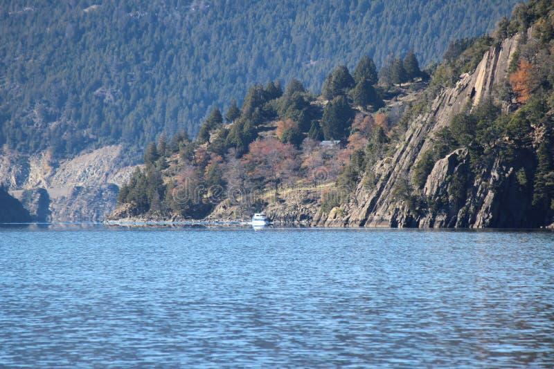 Lago Lacar imagen de archivo