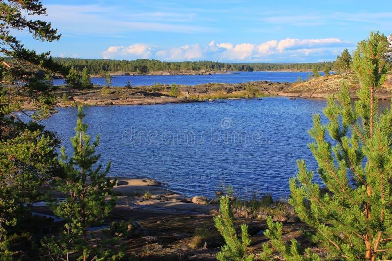 Lago ladoga, Carelia, Rusia foto de archivo