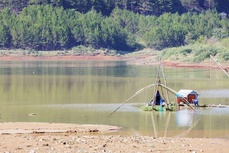 Lago lam di Tuyen di mattina presto fotografie stock