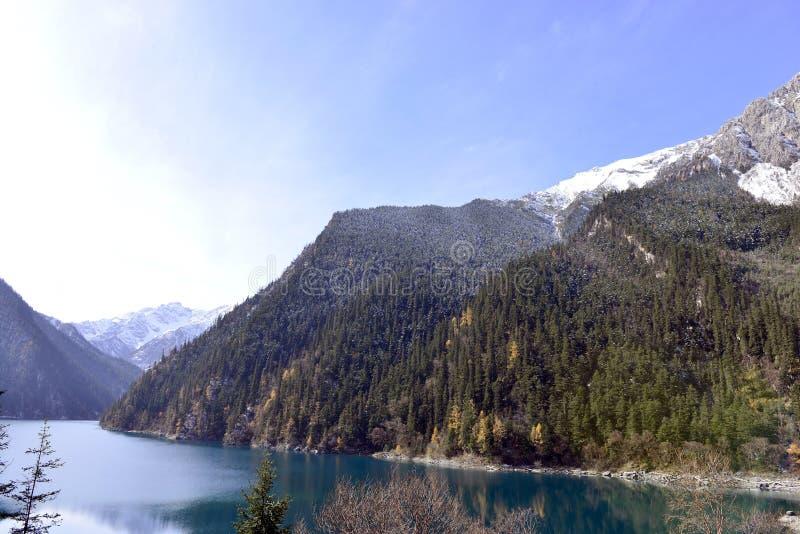 Lago largo, Jiuzhaigou imágenes de archivo libres de regalías