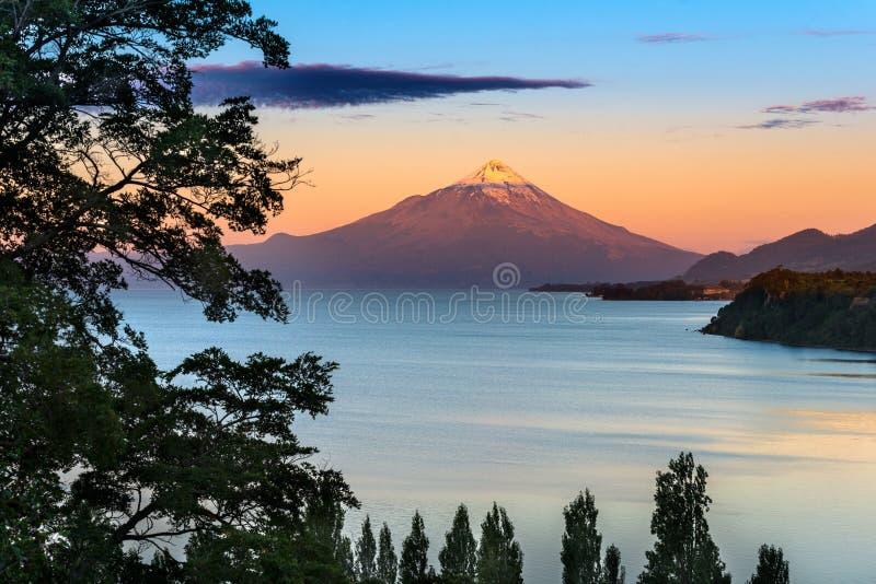 Lago LLanquihue imagen de archivo