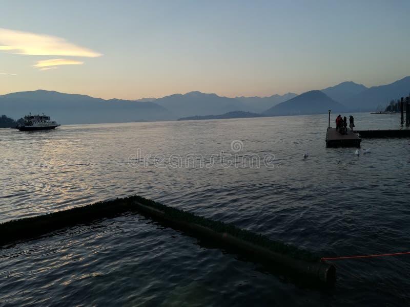 Lago lombardy de la naturaleza foto de archivo