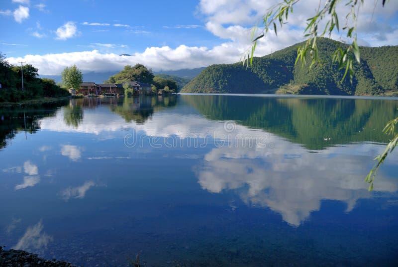 Lago Lugu fotografía de archivo