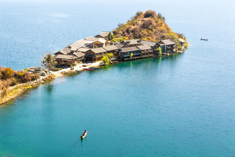 Lago Lugu em yunnan China fotos de stock