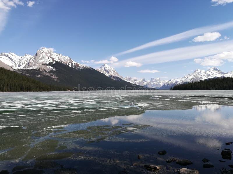 Lago Maligne fotos de archivo