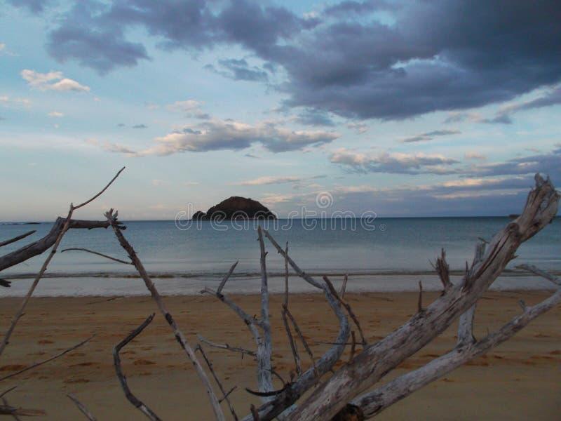 Lago Manapouri in Nuova Zelanda immagine stock libera da diritti