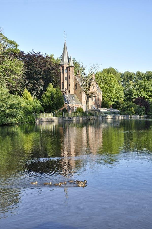 Lago Minnewater, Bruges, Belgio immagini stock libere da diritti