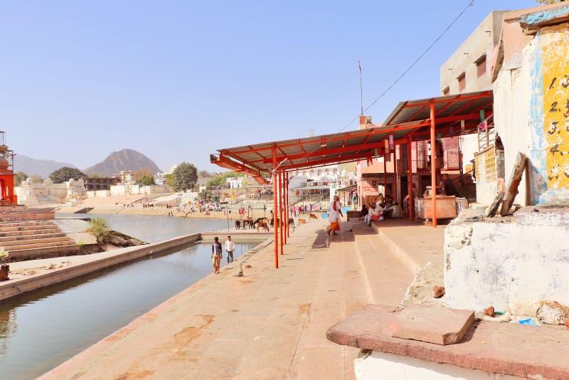Lago mitológico Pushkar em Pushkar, Rajasthan fotos de stock