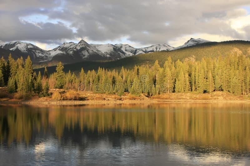 Lago molas e montagne dell'ago, regione selvaggia di Weminuche, Colorado fotografia stock libera da diritti