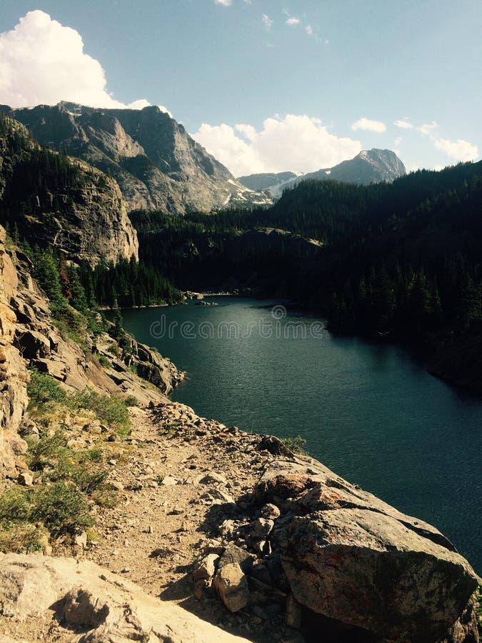Lago montana immagine stock