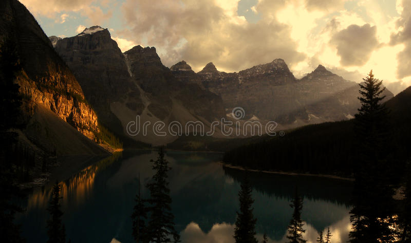 Lago Morain fotografia stock libera da diritti