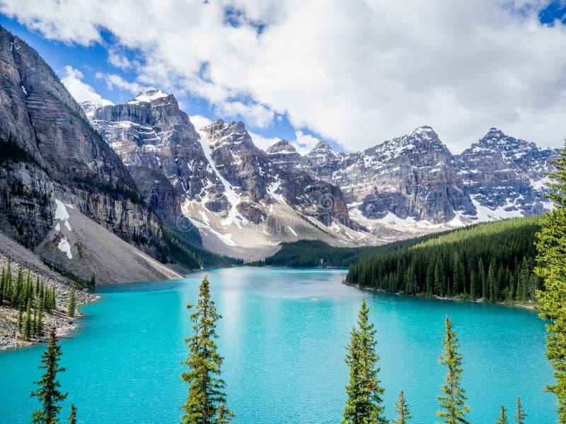 Lago moraine, Banff fotografía de archivo