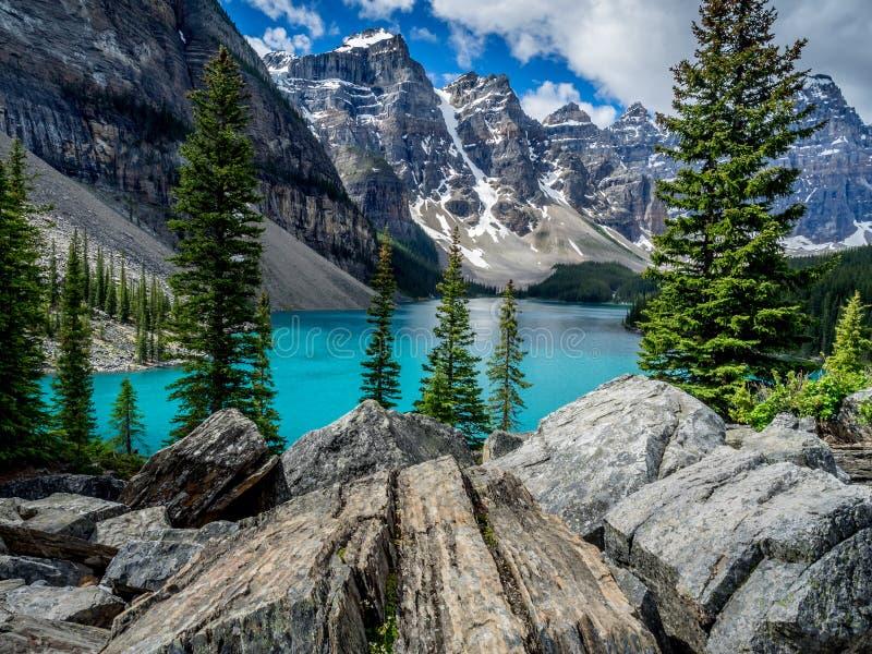 Lago moraine, Banff immagine stock