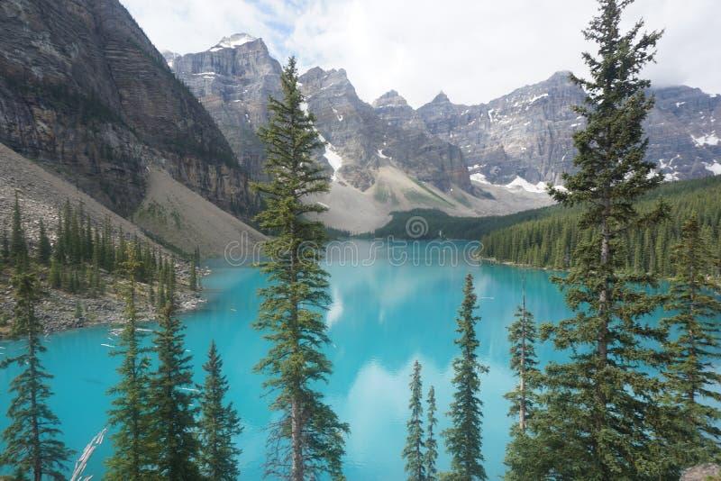 Lago moraine, parque nacional de Banff fotos de archivo libres de regalías