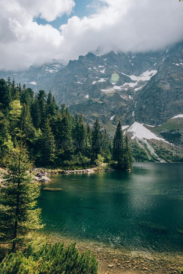Lago Morskie Oko, montañas de Tatra, parque nacional de Tatra, Polonia imagen de archivo