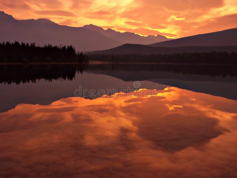 Lago mountain foto de archivo libre de regalías